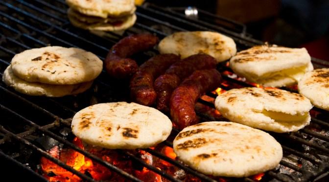 9 coisas que você TEM QUE comer na Colômbia