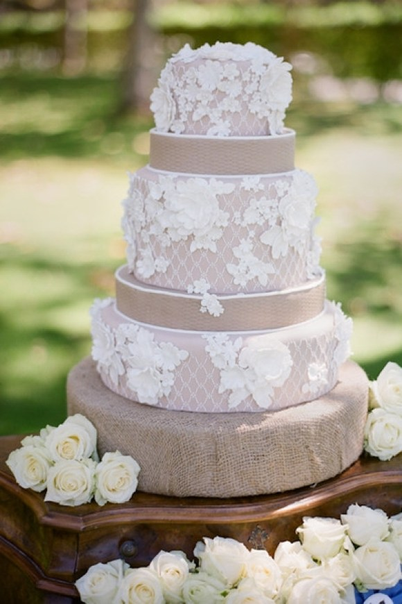 Lace-and-Burlap-Wedding-Cake