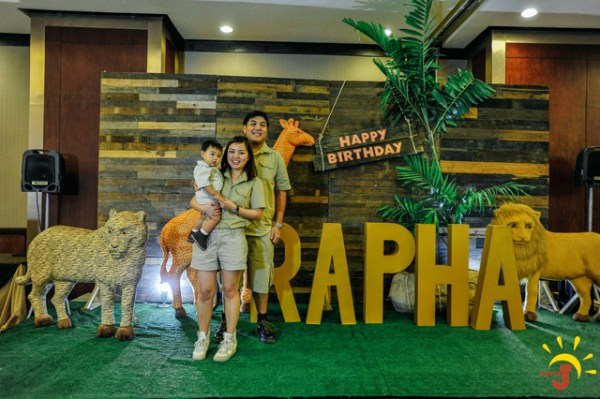 Safari Themed Birthday Party - 54