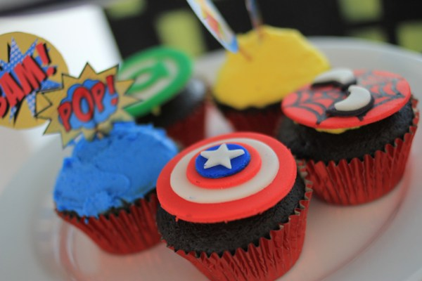 Superheroes Birthday Party - 05
