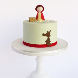 15 Beautiful Little Red Riding Hood Cake Designs