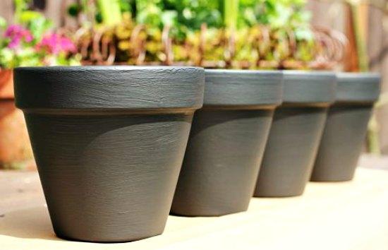 chalkboard paint flower pots