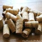 Easy Christmas Craft – DIY Wine Cork Reindeer Ornament