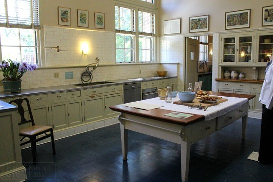 Filoli-Mansion-kitchen-large-center-island