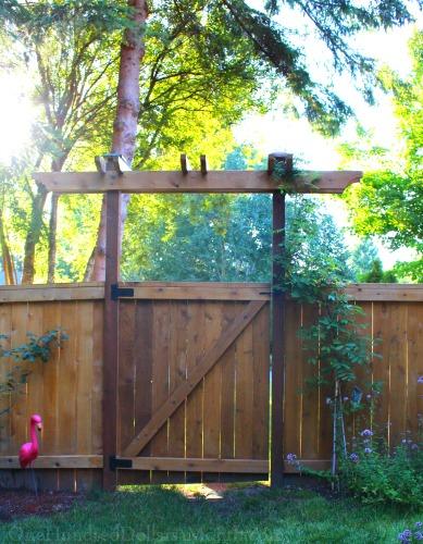 garden trellis gate