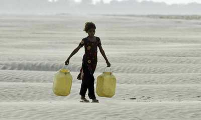 bundelkhand-drought-girl-looking-for-water