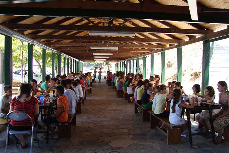 Ποιά παιδιά θα φιλοξενηθούν στις μαθητικές κατασκηνώσεις του Πλαταμώνα (ονόματα)
