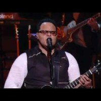 Israel Houghton - Your Presence is Heaven (Video, Lyrics and mp3 download)
