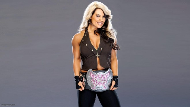 kaitlyn-as-divas-champion