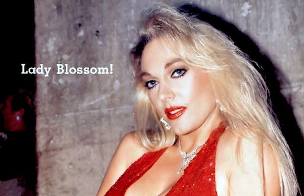 lady-blossom-27381220
