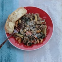Kale and sausage pasta