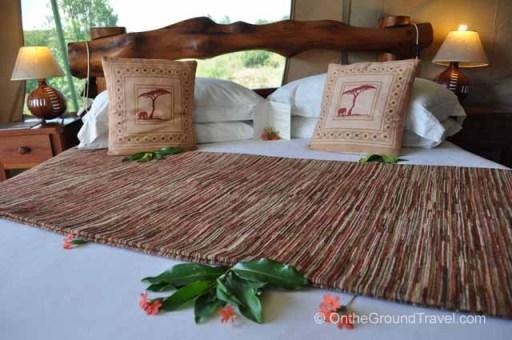 Kicheche queen size bed