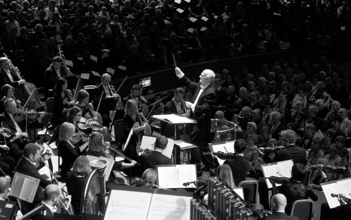 John Rutter conducting