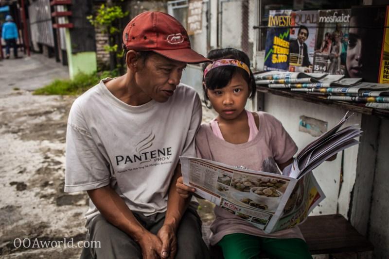 Photo Indonesia Newspaper Reading Blind Leading Blind Ooaworld
