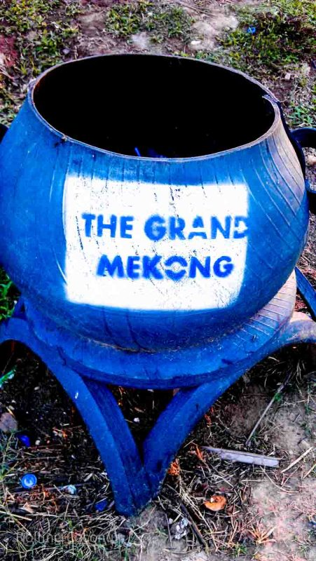 Mekong River Trash Can Vientiane Laos Rolling Coconut Ooaworld Photo Ooaworld