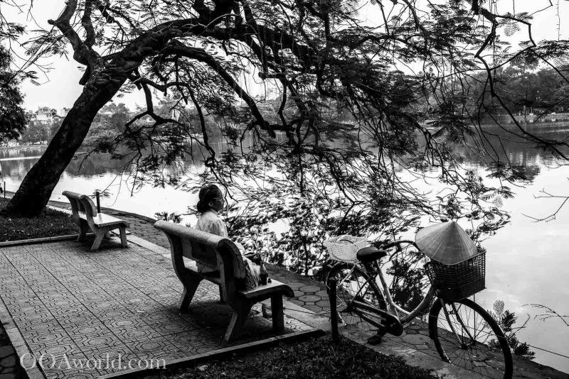 Hoan Kiem Turtle Lake Photo Ooaworld