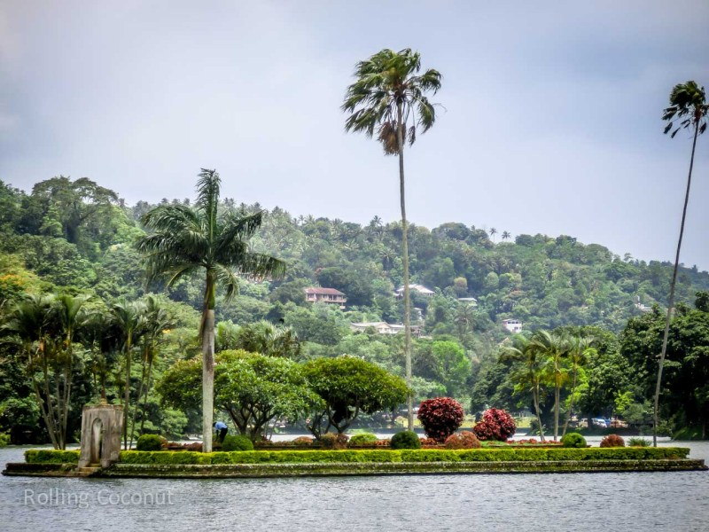Kandy Sri Lanka Itinerary Lake View ooaworld Rolling Coconut Photo Ooaworld