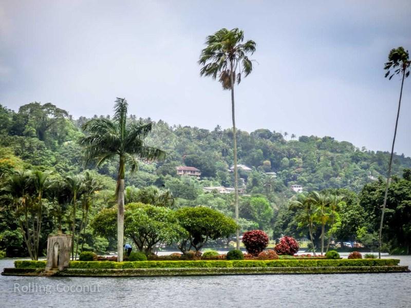 Kandy Sri Lanka Itinerary Lake View ooaworld Rolling Coconut Photo Ooaworld