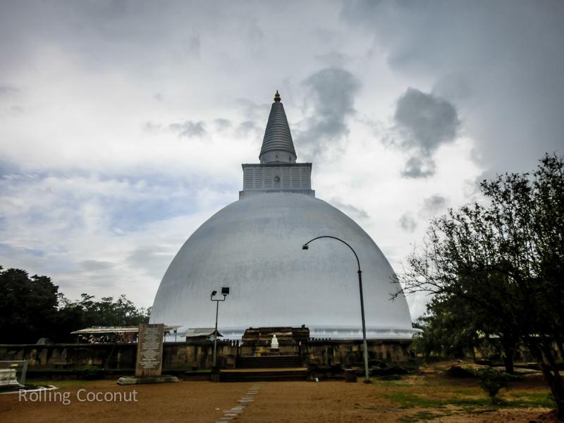 Ruwanwelisaya Stupa Sri Lanka Anuradhapura Sri Lanka ooaworld Rolling Coconut Photo Ooaworld