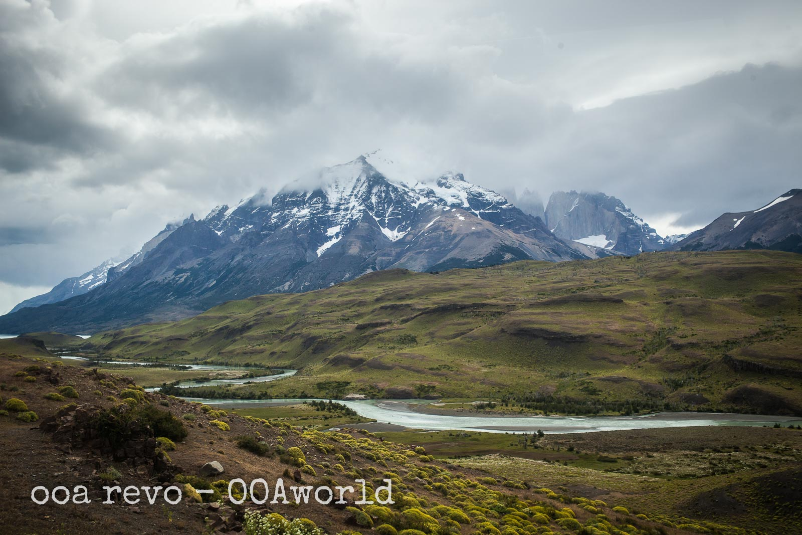 Torres del Paine W Trek Mountains Fields Photo Ooaworld