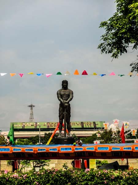 statue manila philippines photo ooaworld Rolling Coconut