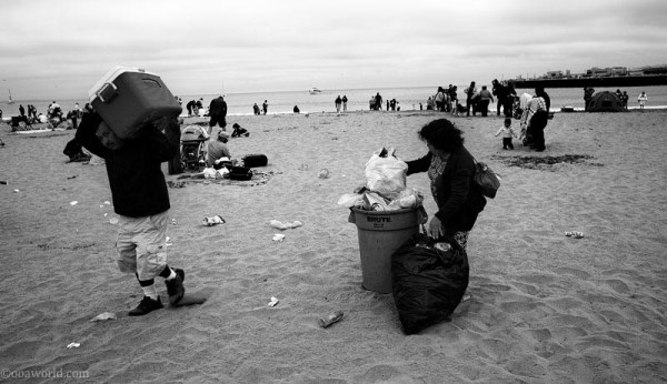 Santa Cruz, beach cleanup