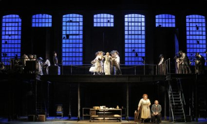 SWEENEY TODD (425) FULL STAGE