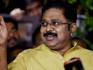 Chennai: AIADMK(Amma) Deputy General Secretary TTV Dinakaran addressing media at his residence in Chennai on Friday. PTI Photo(PTI8_4_2017_000195A)