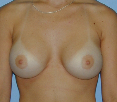 32c natural boobs