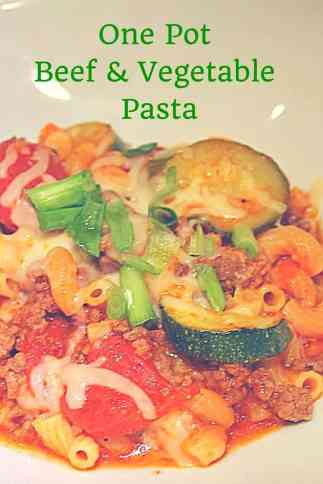 This simple and easy recipe for a one pot beef and vegetable pasta is so easy and tasty!
