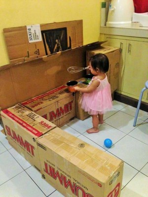 Cocina-hecha-de-carton-foto-3