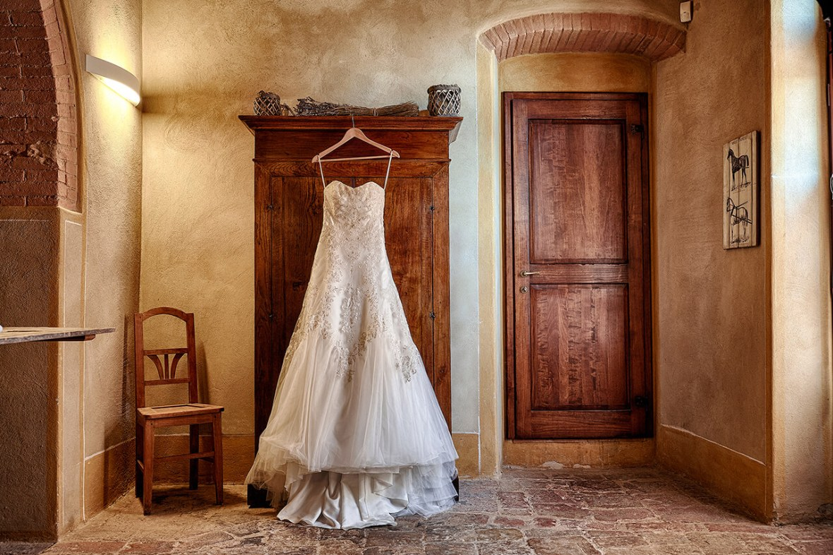 wedding dresses tuscany wedding