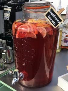 homemade-cranberry-lemonade