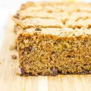 How to make amazing Chocolate Chip Zucchini Bread {recipe}