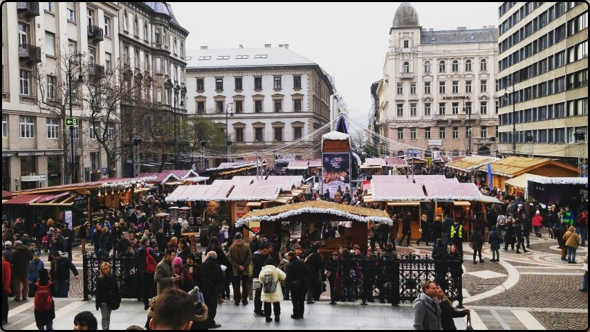 בודפשט - יום 2: שווקי חג המולד ומה שבניהם