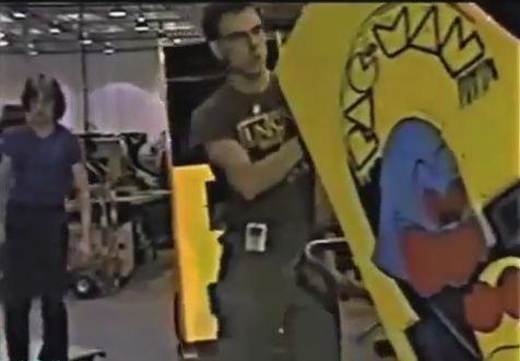 1980s Video Game Companies Factory Footage 1980s Video Game Companies Factory Footage, descubre como se fabricaban los videojuegos en los 80