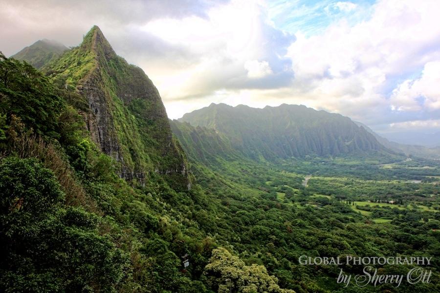 HIking Hawaii