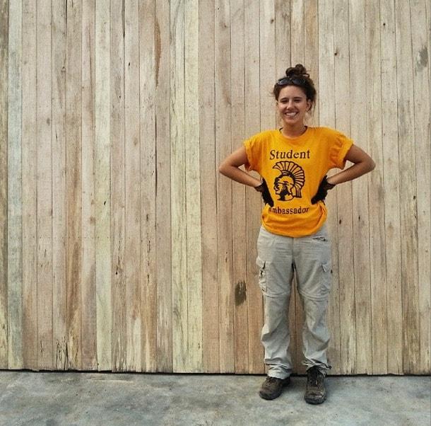 volunteering building  peru