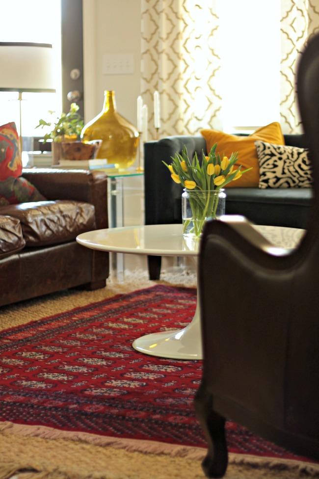 Tulip Pedestal Coffee Table