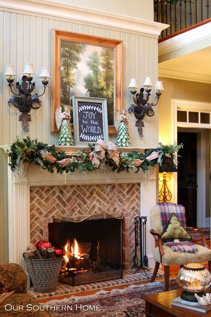 Christmas mantel our southern home for Southern country home decor