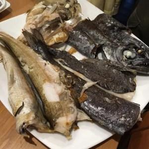 べーやんさんが釣ってきてくれた中深海の外道トリオ、スミヤキ、ギス、シロムツの干物。どれも絶品というほかないわけで…外道って何でしょうね。。