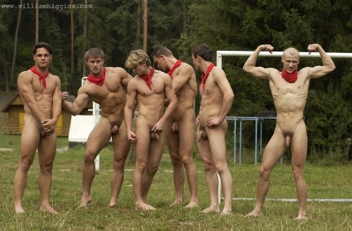 foto03-nude-outdoors-men