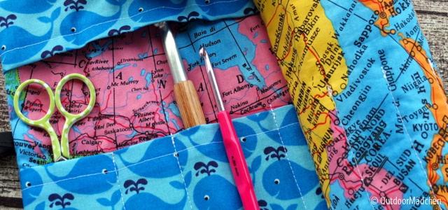 Selbstgenähte Häkelnadel-Tasche: Reise-Feeling mit Landkarten-Stoff