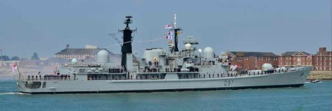 "HMS Edinburgh ""The Fortress of the Seas"" passing Fort Blockhouse, Gosport."
