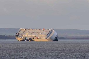 Hoegh Osaka lies on the Bramble Bank