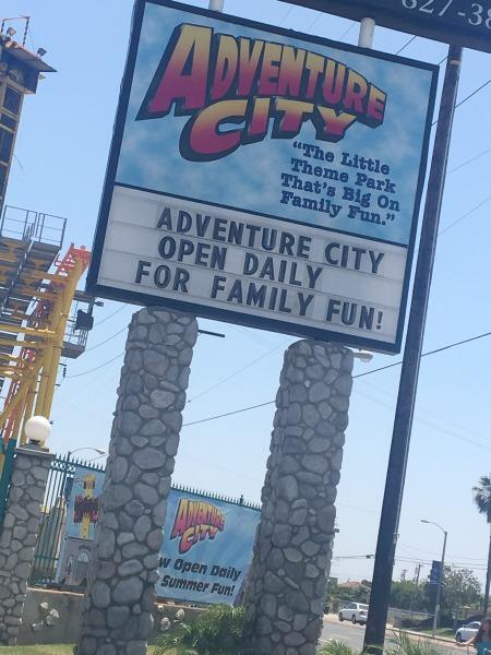 adventure-city-theme-park-sign-2