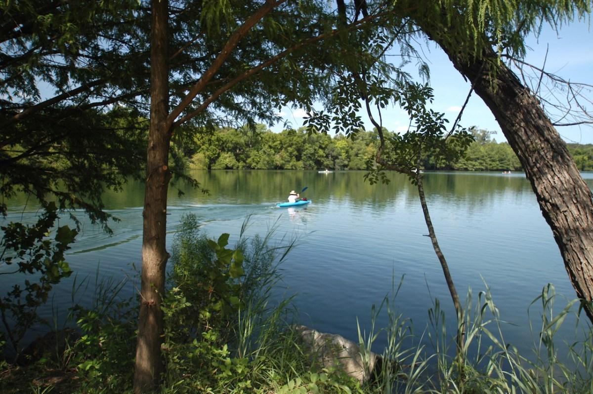 16-lake-kayak