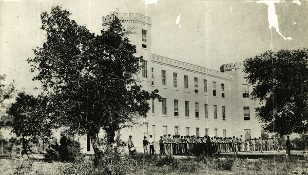 texas-military-institute-1111-west-11th-street