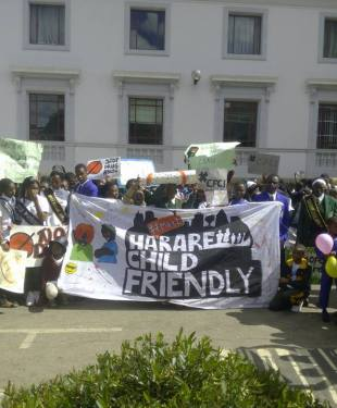 pachikoro-march-for-child-friendly-cities