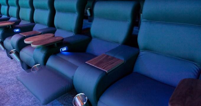 Pollux Cineplex Paderborn neue Sessel